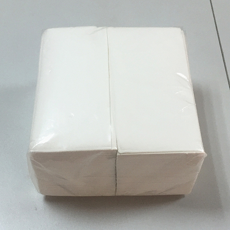 Low fold dispenser napkin